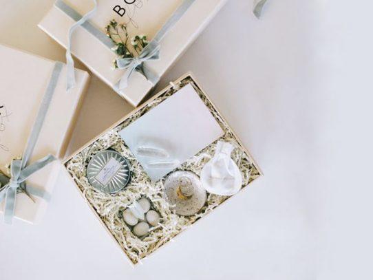 Inspírate con estas ideas fuera de serie en regalos de boda