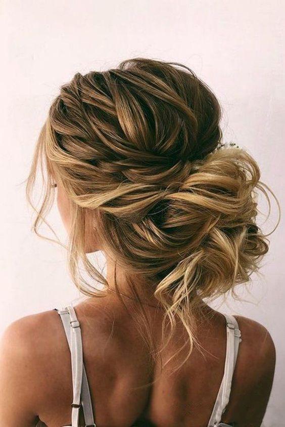 Descubre peinados para novias increibles 2020 chongo despeinado
