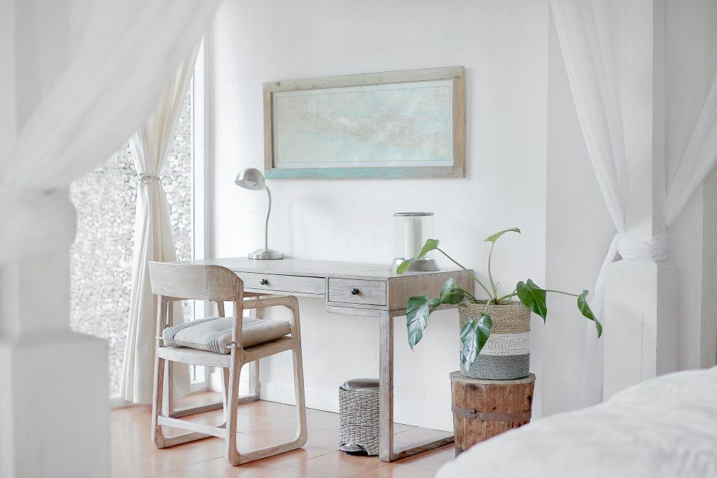 Reordena tus espacios durante esta temporada en tu oficina en casa