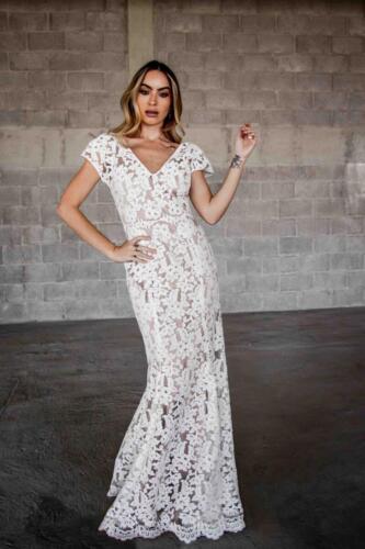 Karen Sanchez Designer • EN BLANCO • Carrie